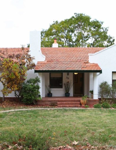 2-1930s CANBERRA BUNGALOW - FRONT FACADE - BEFORE